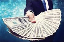 دلار مسافرتی ۱۰ هزار و ۴۵۰ تومان و یورو ۱۲ هزار تومان شد