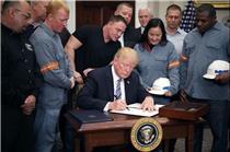 آمریکا تعرفه جنجالی واردات را اعمال میکند
