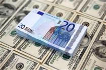 مسیر متفاوت دلار و یورو