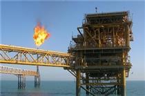 جنگ تجاری، رشد قیمت نفت در نتیجه تحریم ایران را تعدیل میکند