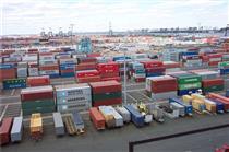 ۷۶ درصد واردات ایران به کالاهای سرمایه ای و واسطه ای اختصاص دارد